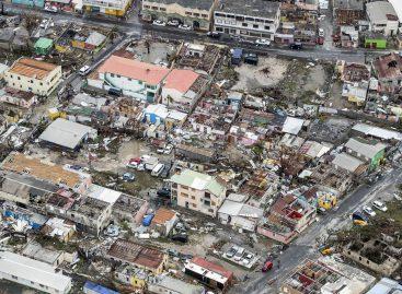 Après les ouragans Irma et Maria, l'Etat interpellé sur le risque amiante aux Antilles