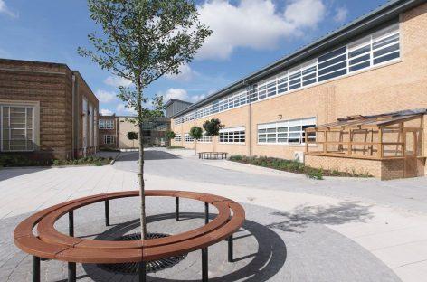 Pollution des sols dans les établissements scolaires: quelle suite?