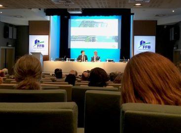 Lutte contre la précarité énergétique, groupe de travail «bailleur privés»… Retour sur l'assemblée du Plan bâtiment durable
